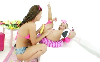 unbelievable girlsongirls anal fisting