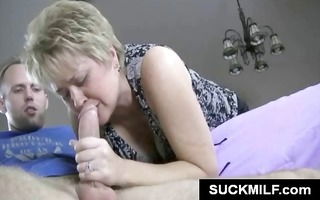 mature d like to fuck strokes and sucks on a