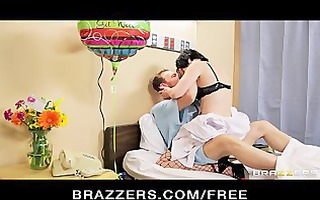 hot doctor in fishnets gives her patient a