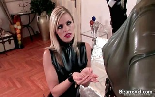 perverted hottie in latex clotn engulfing part3