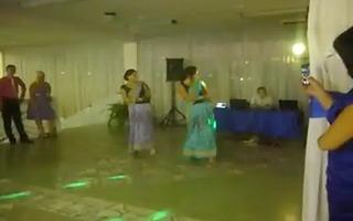 cuties dancing marangos bouncing