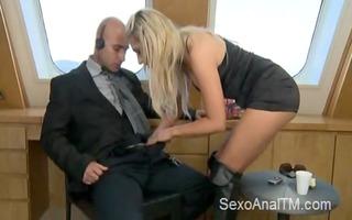 hawt blonde get&#039 s anal screwed on a