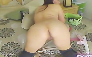 busty mother i cammi plays her sweet fur pie