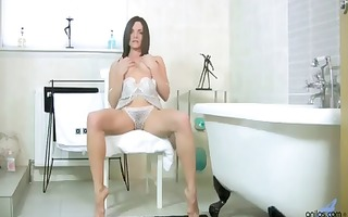 breasty mother i bath fingering