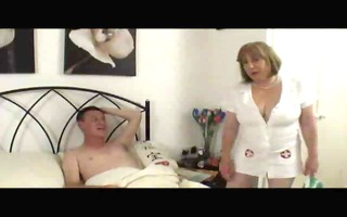 older nurse in stockings treats the swelling